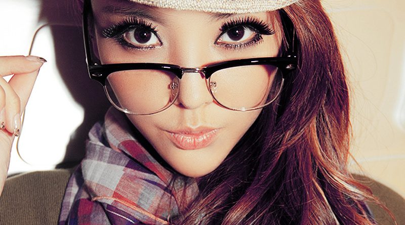 half-frame-clear-lens-glasses-black-silver-color-vintage-style-retro-brand-rivet-eyeglasses