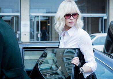 Брутальные очки Шарлиз Терон во «Взрывной блондинке»
